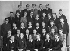 Старые школьные фотографии - как сохранить