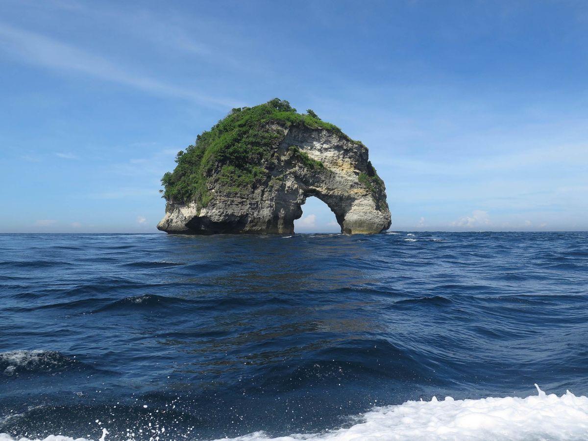 Skala SLON u ostrova Nusa Penida