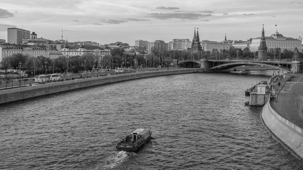 E.Petuhova Moskva reka 2